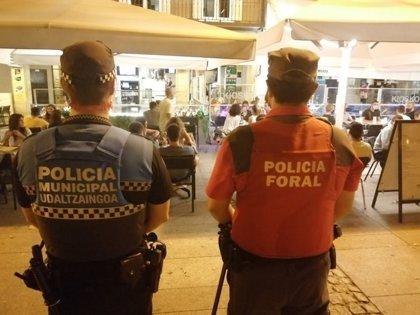 Más de 70 denuncias durante el 'juevintxo' en Pamplona por incumplimientos de la norma sanitaria
