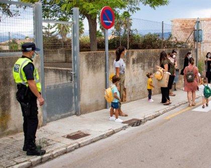 Marratxí crea la figura del policía local especializado en apoyar a centros escolares ante la pandemia