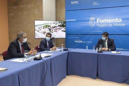 """López Miras presenta un plan con 77 millones y 250 medidas """"para dar una solución a las inundaciones"""""""