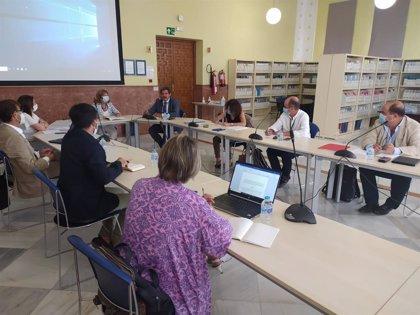 La Junta reactiva la Comisión Paritaria con la UCA para el uso de instituciones sanitarias en docencia e investigación