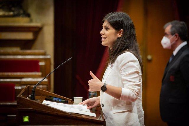 La diputada d'ERC, Marta Vilalta, intervé durant una sessió plenària al Parlament. Barcelona, Catalunya (Espanya), 1 de juliol del 2020.