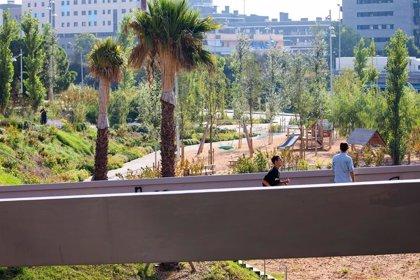 El AMB pone en funcionamiento el parque Can Bada en Badalona y Riera d'en Font en Montgat
