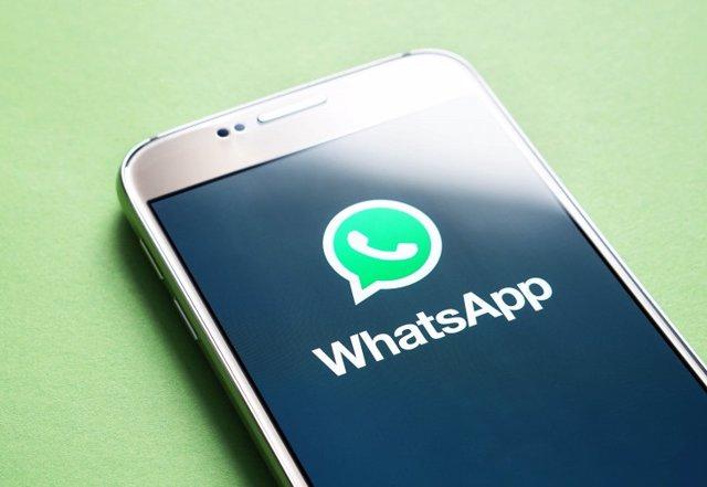 Iberia lanza su servicio de WhatsApp