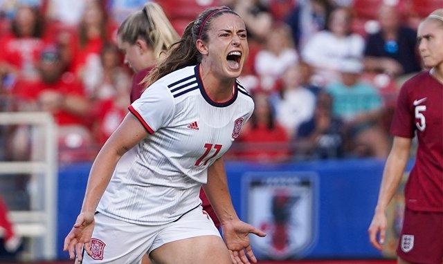 Fútbol/Selección.- Alexia Putellas cambia el '11' en la selección por el '14' co