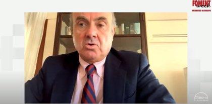 """Guindos dice que la consolidación bancaria puede ser """"útil"""" para elevar la rentabilidad y mejorar eficiencia"""