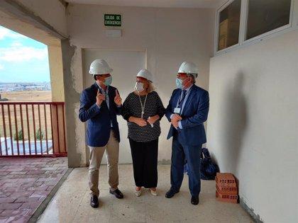 El Hospital Infanta Elena de Huelva invierte casi dos millones en la reforma del área de hospitalización