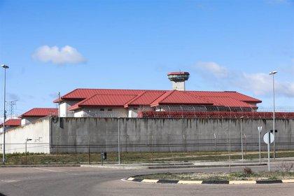 Interior aprueba el traslado de otros cinco presos de ETA, algunos con delitos de sangre, y ya son más de 60 acercados