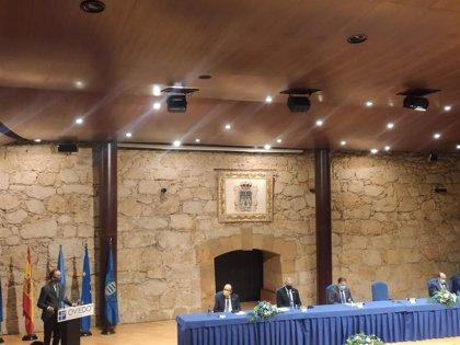 El consejero de Salud destaca el esfuerzo de la sociedad asturiana a la hora de respetar las normas