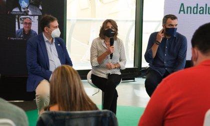 """Susana Díaz: Moreno """"destroza"""" el estado del bienestar por ideología y vive """"en los mundos de Yupi"""""""