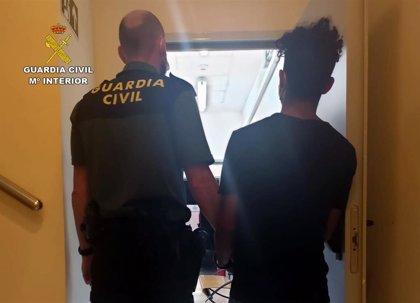 Detenido un individuo en Mazarrón que asaltaba a mujeres en lugares recónditos de la costa para agredirlas