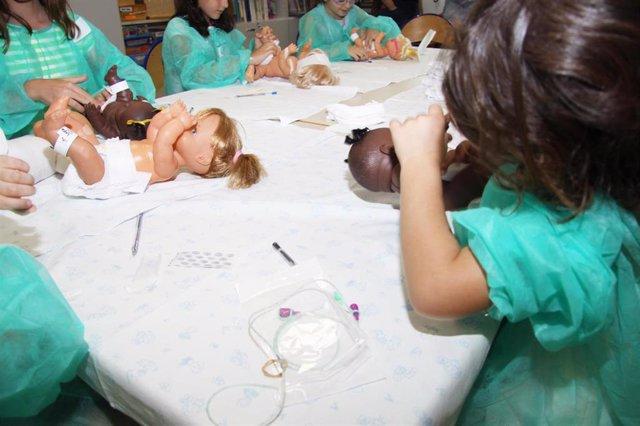 El Hospital La Fe de Valènci ayuda a más de 300 niños a entender el ingreso de sus hermanos en Neonatología con talleres