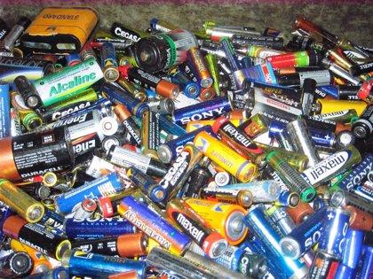 La patronal europea de reciclaje de pilas pide un nuevo criterio de cálculo del objetivo de recogida de estos residuos