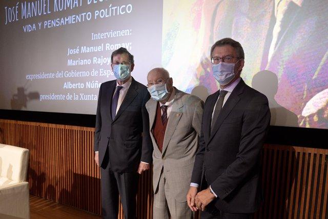 (i-d) El expresidente del Gobierno, Mariano Rajoy, el jurista José Manuel Romay y el presidente de la Xunta de Galicia Alberto Núñez Feijoo durante la presentación de las memorias de Romay, en A Coruña, Galicia (España), a 18 de septiembre de 2020.