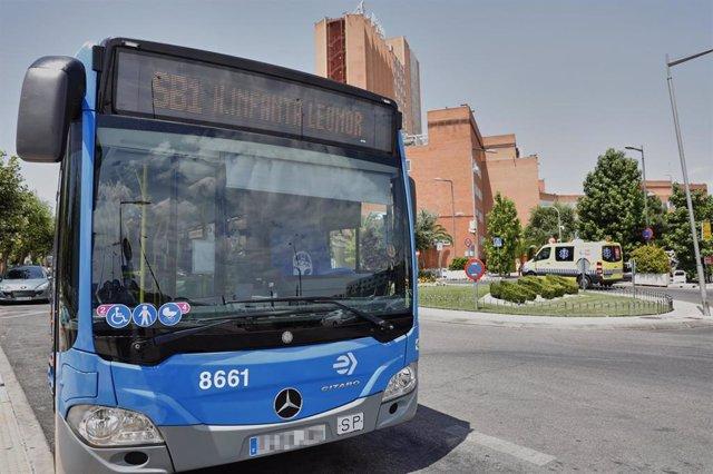 Recurso de imagen de un autobús de la EMT.