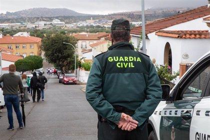 """Vara agradece el """"gran trabajo"""" de la Guardia Civil en la investigación por la desaparición de Manuela Chavero"""