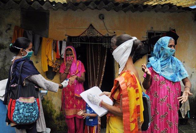 Coronavirus.- India notifica otros 93.000 casos de coronavirus y 1.200 muertes e