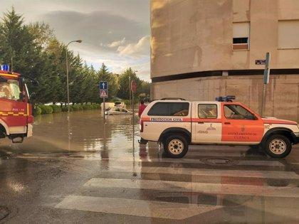 Las tormentas dejan inundaciones en Cuenca y tres rescates en vehículos