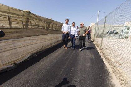 La Diputación mejora tres caminos municipales de Carboneras