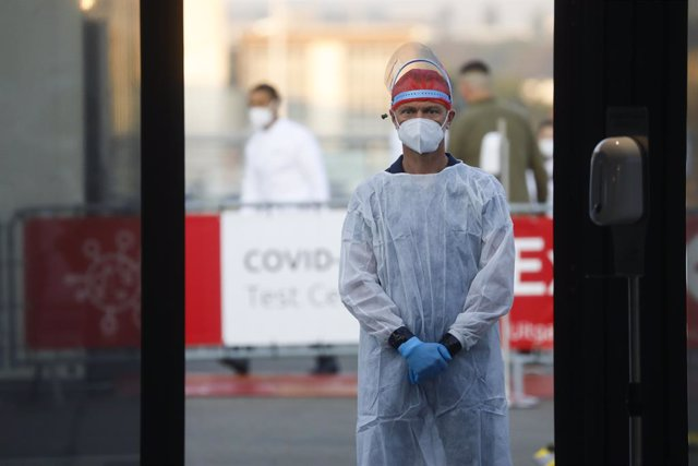 Coronavirus.- Bélgica sufre un aumento de los casos y hospitalizados pero mantie