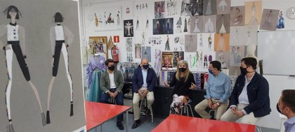 Del Pozo apuesta por unir al sector de la moda andaluza en una gran plataforma y destaca los cuatro millones de ayudas