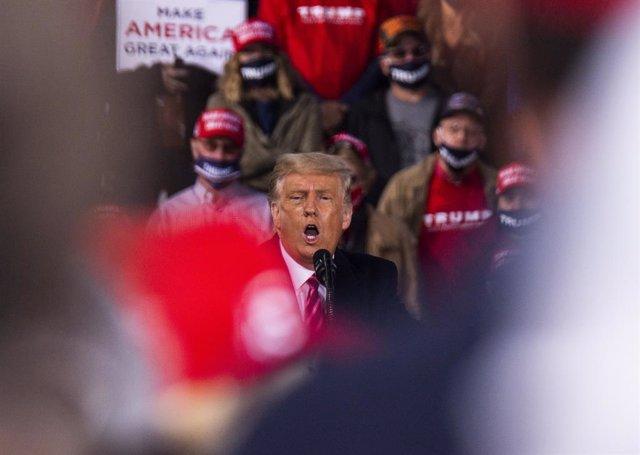 """EEUU.- Trump reivindica su """"obligación"""" de nominar a un candidato para sustituir"""