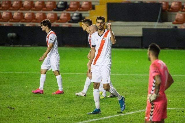 Fútbol/Segunda.- (Crónica) El Rayo Vallecano remonta al Sabadell y se pone líder