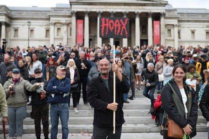 Una manifestación contra los confinamientos por la pandemia en Londres se salda con 32 personas detenidas
