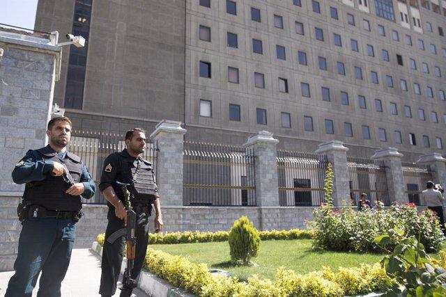 Irán.- La abogada de Derechos Humanos iraní Nasrin Sotudé, hospitalizada por un