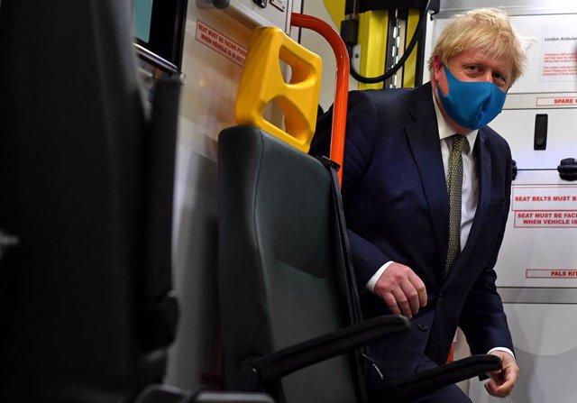 Coronavirus.- Reino Unido multará con hasta 10.000 libras a quienes no cumplan c