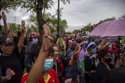 Los estudiantes tailandeses piden una reforma de la Monarquía y de la Constitución