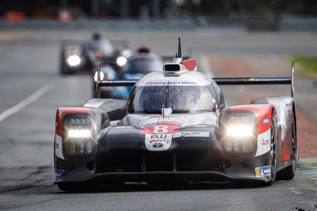Motor.- Toyota logra su tercera victoria consecutiva en las 24 Horas de Le Mans
