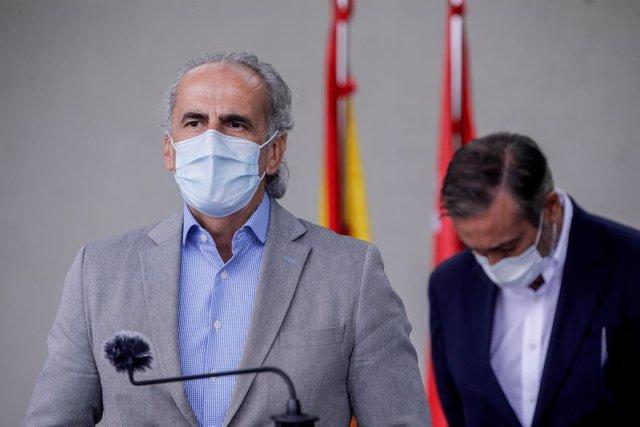 El Consejero de Salud de la Comunidad de Madrid, Enrique Ruiz Escudero, interviene durante la rueda de prensa posterior a la reunión de coordinación en el ámbito del PLATERCAM, en Pozuelo de Alarcón, Madrid, (España), a 20 de septiembre de 2020. El encuen