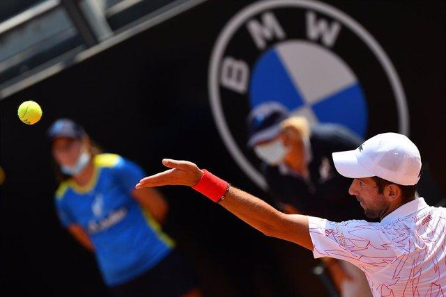 Tenis/Roma.- Djokovic buscará el récord de Masters 1000 ante Schwartzman