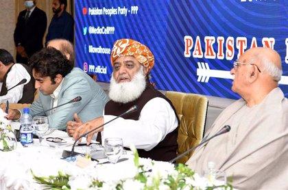 La oposición de Pakistán exige la dimisión del primer ministro y anuncia movilizaciones a partir de octubre