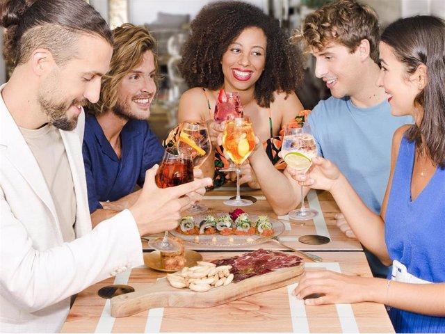 Te desvelamos los restaurantes y bares de la capital donde ya puedes disfrutar de tu media copa favorita