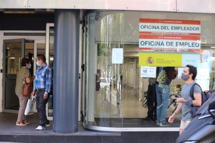 La cobertura frente al desempleo sube 25 puntos, hasta el 91,1%, por efecto de los ERTE
