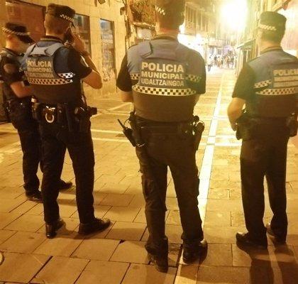 Policía Municipal de Pamplona denuncia el fin de semana a 100 personas por botellón y a 68 por no usar mascarilla