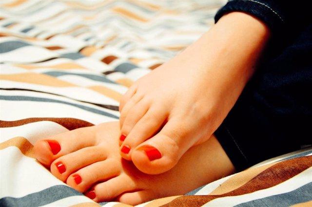 Gota, prevenir y tratar la gota, pies, verano