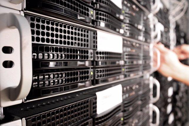 """EEUU advierte sobre una """"vulnerabilidad crítica"""" en Windows Server que puede com"""