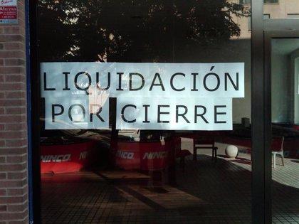 Cierres de empresas, sueldos y temor a perder el empleo, principales preocupaciones de los españoles