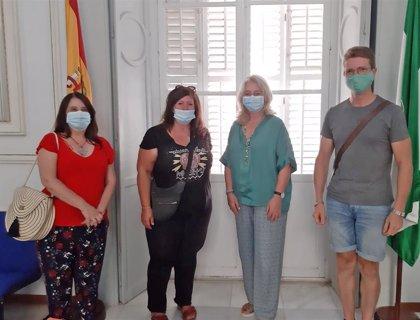 La Junta permitirá a los artesanos de Cádiz ubicarse en la plaza de la Catedral estas navidades