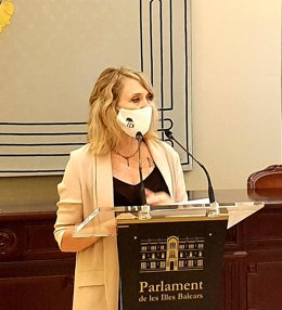 La portavoz de El PI en el Parlament, Lina Pons