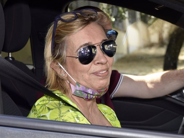 Carmen Borrego ha ido a visitar a su madre, María Teresa Campos, a su mansión a las afueras de la capital
