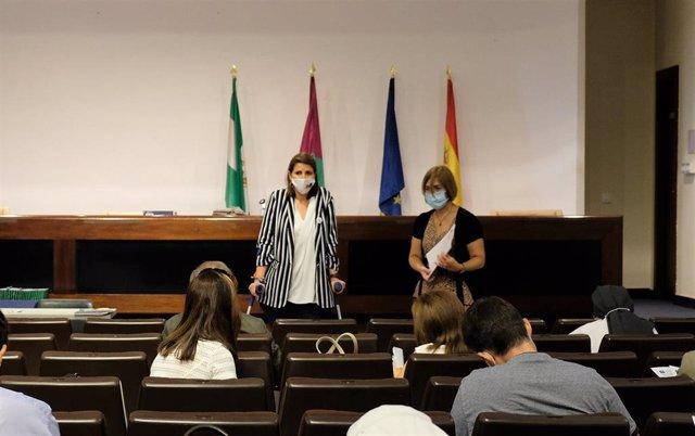 El acto de firma de los documentos relativos al concierto social presidido la delegada territorial de Educación, Deporte, Igualdad, Políticas Sociales y Conciliación, Mercedes García Paine.