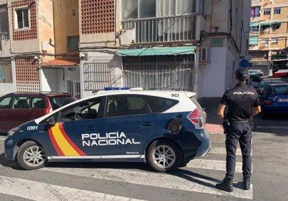 Cádiz.-Sucesos.- Detenidos siete miembros de una organización especializada en el cultivo de marihuana en La Línea