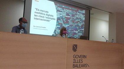 Profesionales de la comunicación reflexionan sobre la innovación en periodismo digital en un encuentro en Palma