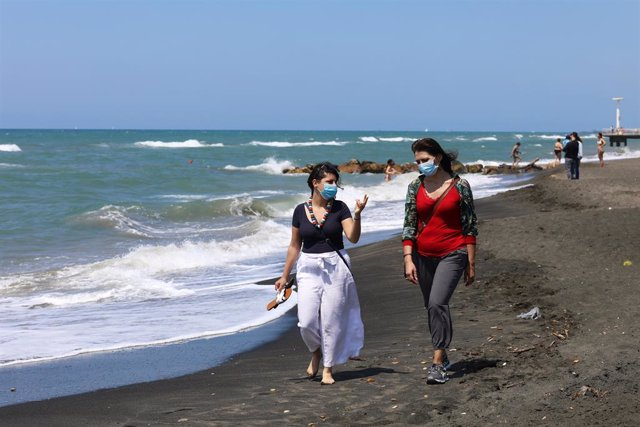 Coronavirus.- Italia notifica 1.350 nuevos casos y 17 muertes por coronavirus