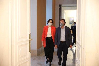 Ayuso y Almeida se reúnen para evaluar las primeras horas de las restricciones en Madrid