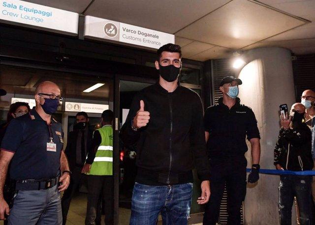 Fútbol.- El delantero español Álvaro Morata llega a Turín para firmar su cesión