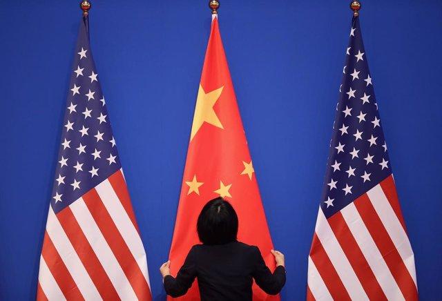 Banderes dels Estats Units i la Xina